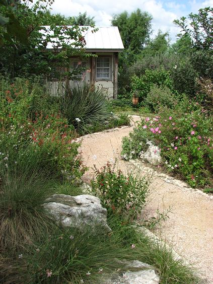 Backyard landscaping ideas with hill is listed in our backyard - Hill Country Texas Garden Club Ideas Photograph Texas Hill