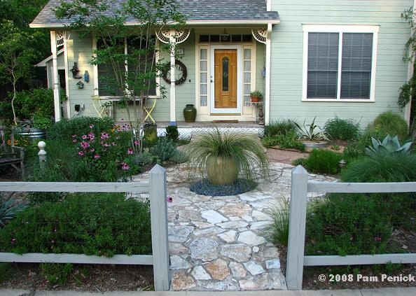 Front-Yard Gardens: Garden Bloggers' Design Workshop | Digging