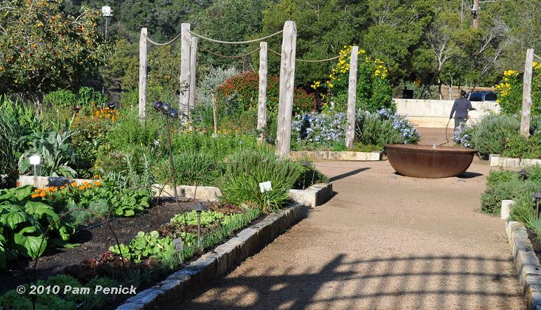 lake austin spas formally designed vegetable garden