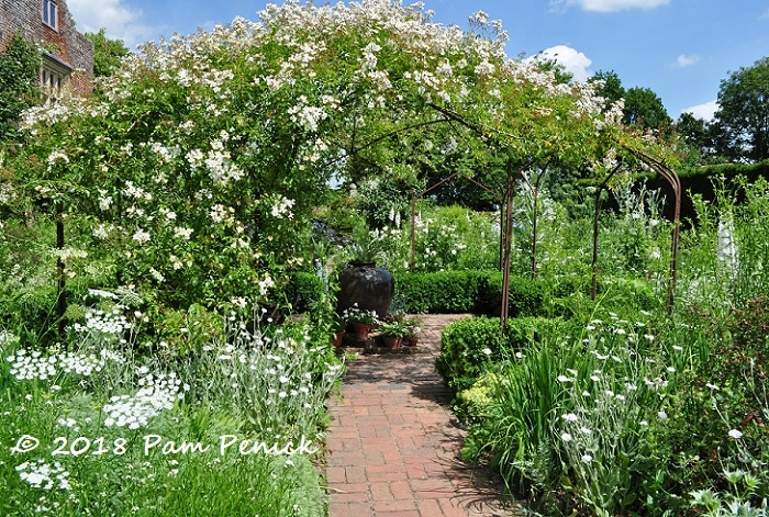 Has Any Garden Been More Admired Copied And Written About Than Vita Sackville West S White At Sissinghurst We Visited In Mid June