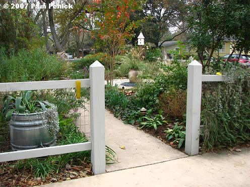 Fence  Front Yard Fences Pictures Inspiring Garden And - Front yard fencing ideas