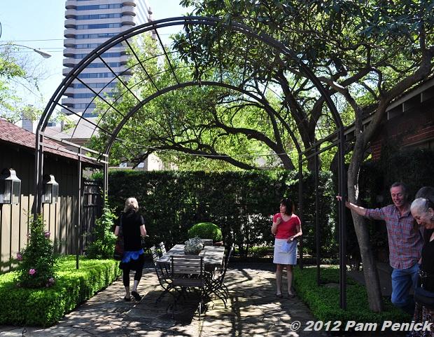 Houston Open Days Tour 2012 Lofgren Bayer Garden Digging