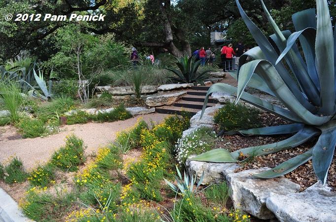 Austin open days tour 2012 garden of christine ten eyck for Ten eyck landscape architects